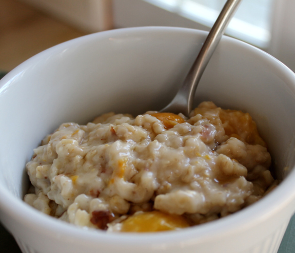 Post image for A brisk run followed by a warm breakfast (Creamy Oats and Mango)