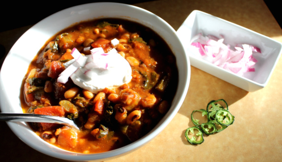 Post image for Black-Eyed Pea & Collard Green Chili