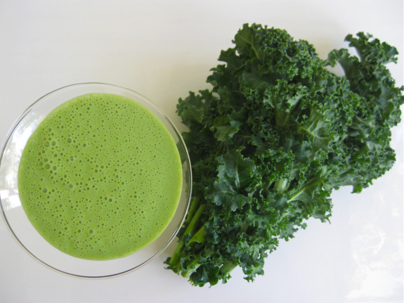 Post image for Vegan 101:  Smoothies for quick and easy vegan indulgence