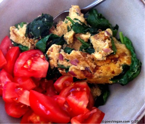 "Post image for What's for breakfast? Scrambled Tempeh ""Eggs"" {Vegan}"